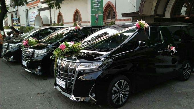 Sewa Mobil Pengantin Manado